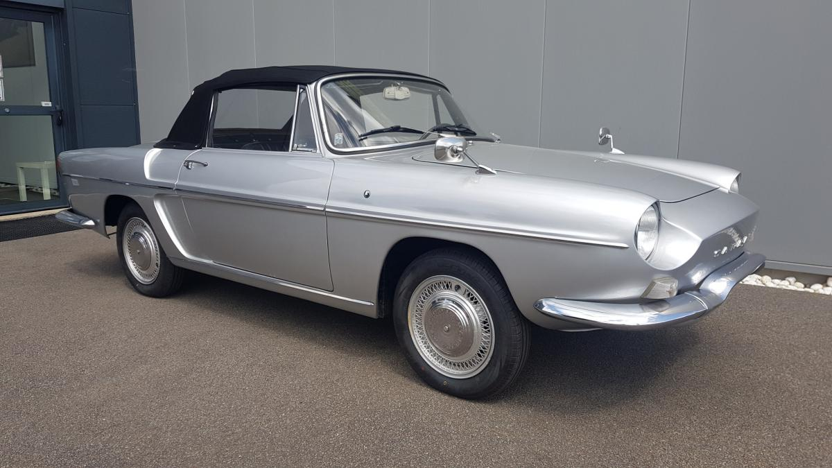 ATLANTIC IMPORT CLASSIC RENAULT CARAVELLE 1100 S + HARD TOP